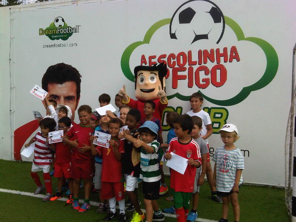 Tempos Livres: Escolinha do Figo